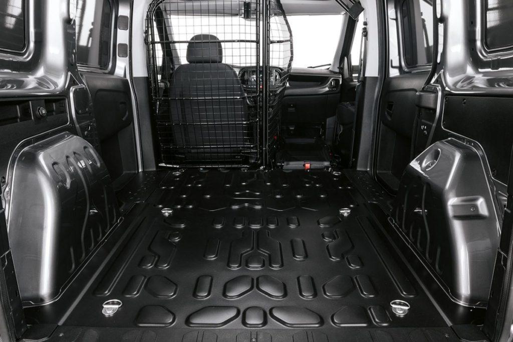 Interior y exterior Fiat Doble Cargo Plan Nacional Autos