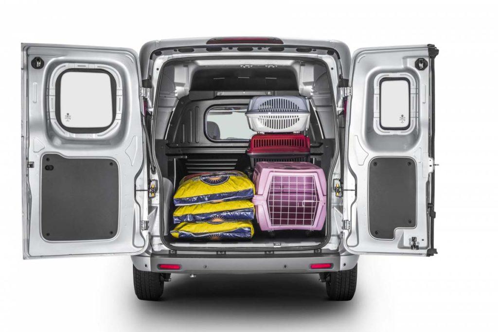 Interior y exterior Fiat Fiorino Plan Nacional Autos