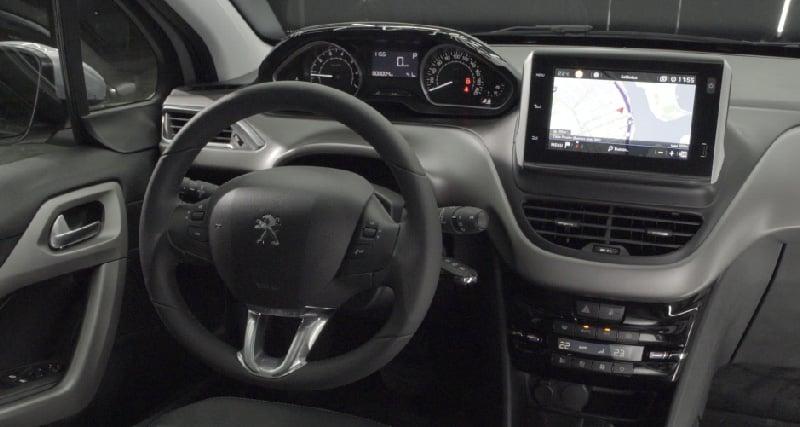 Interior y exterior Peugeot 208 Plan Nacional Autos
